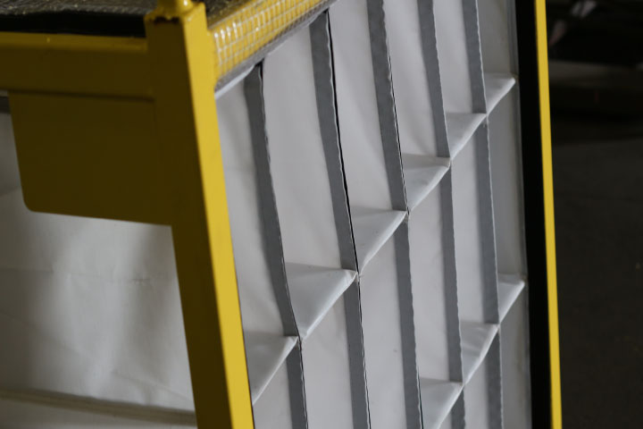 yellow-rack-with-dunnage